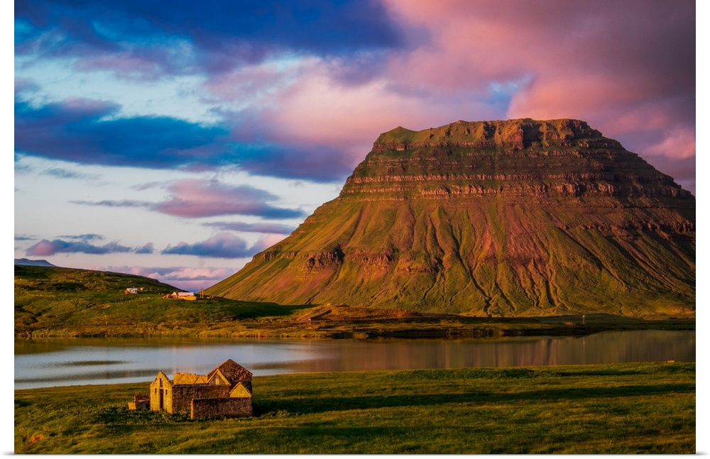 Poster Print Wall Art entitled Kirkjufell And Old House