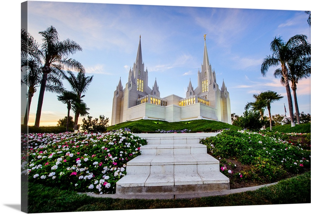 Solid-Faced Canvas Print Wall Art entitled San Diego California Temple, Framed